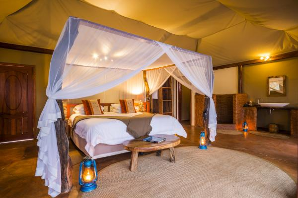 King bed in a luxury tent