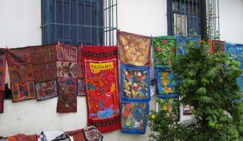Molas at Casco Viejo