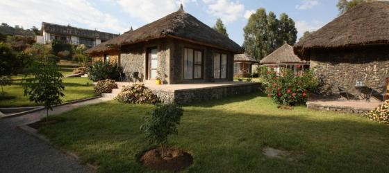 Mayleko Lodge bungalows near Dilha mountain