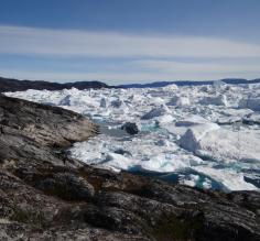 Looking over the icebergs. So sandwiched together!