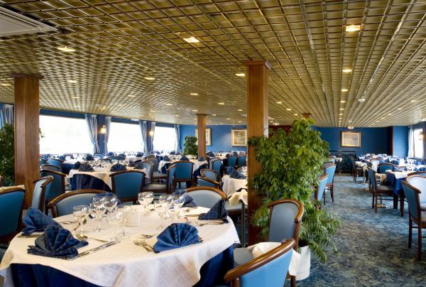 Restaurant on the MS Monet