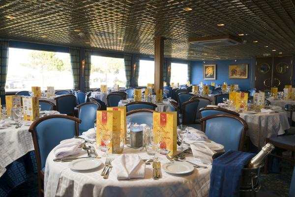 Restaurant on the MS Camargue