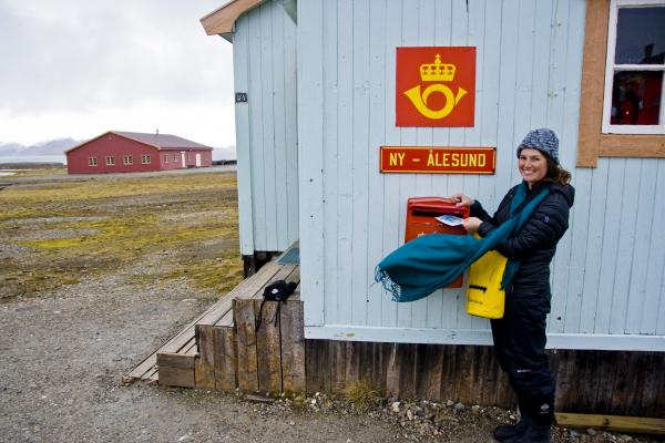 Sending mail from Ny Alesund - the world's northernmost Post Office!
