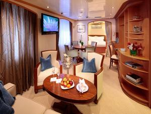 Admiral Suite on the Sea Dream