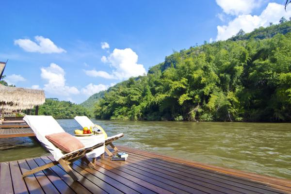 FloatHouse River Kwai deck