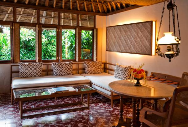 Village Bungalow sitting area