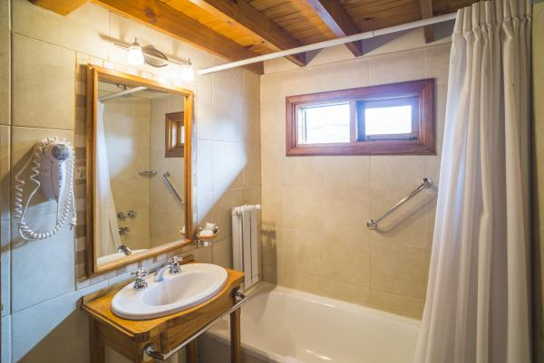 Bathroom at Hosteria Senderos