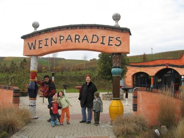 Family at Weinparadies