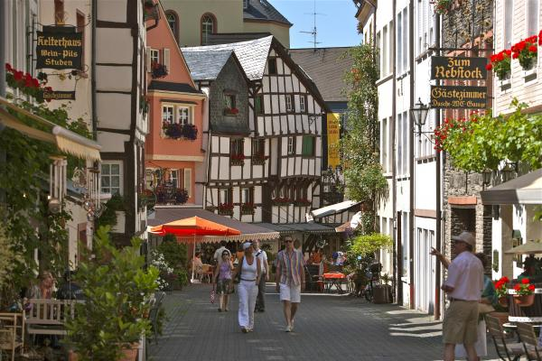 Discover the famous wine town of Bernkastel