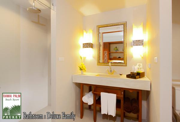Bathroom in Deluxe Family Room