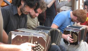 Street musicians in Buenos Aires