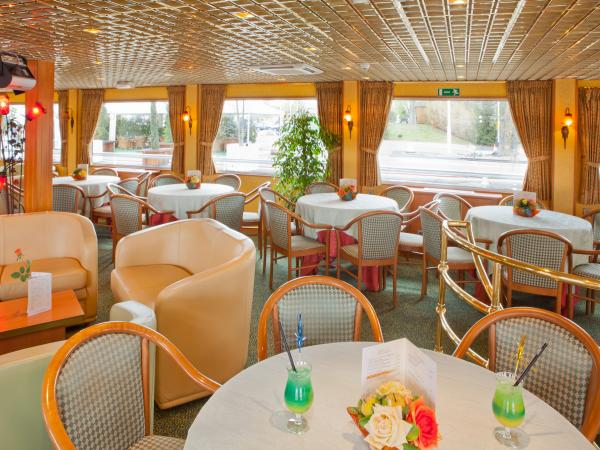 Restaurant aboard the MS Leonard De Vinci