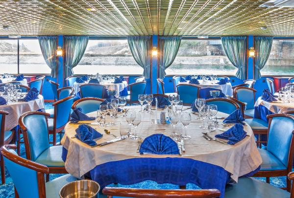 Dining room on the MS Victor Hugo