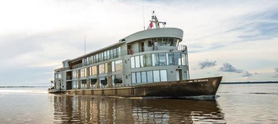 amazon river cruise travel amazon encounter on the. Black Bedroom Furniture Sets. Home Design Ideas