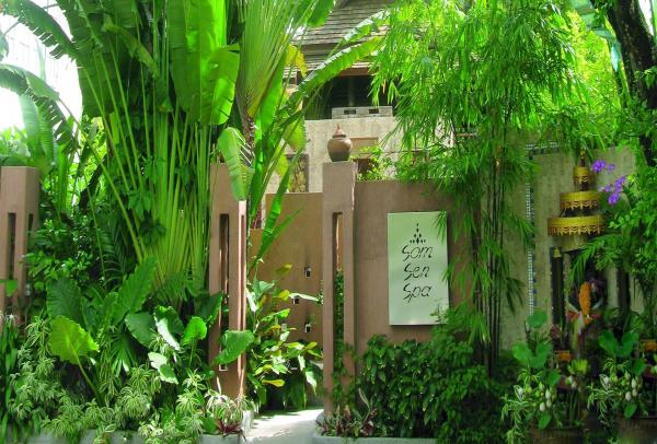 "Relax at the ""Som Sen"" Spa during your stay in the AriyasomVilla Hotel"
