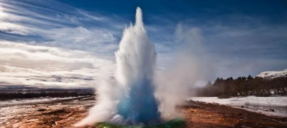 Stokkur Geyser in Thingvellir