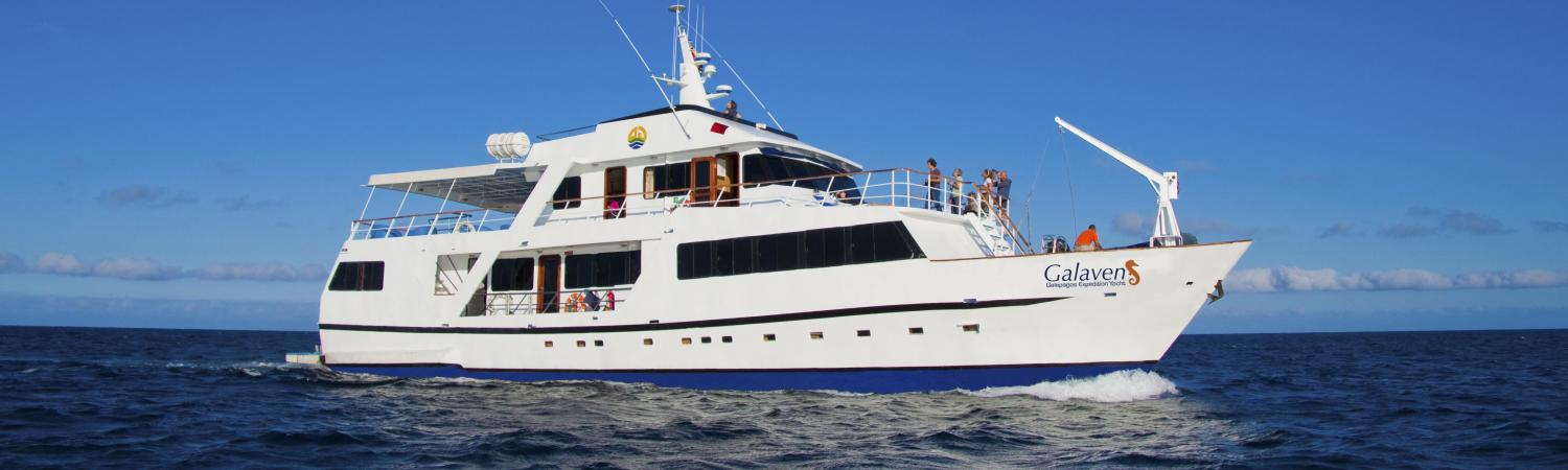 Discover the Galapagos aboard the Galaven I