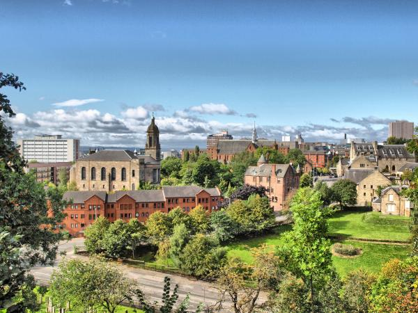 Explore the enchanting city of Glasgow