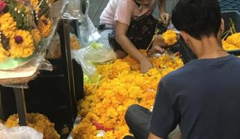 24-hour flower market