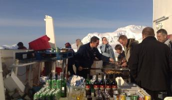 BBQ and drinks on the foredeck