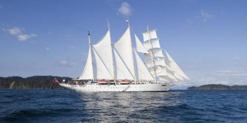 Star Clipper Exterior