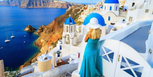 Walking in Santorini