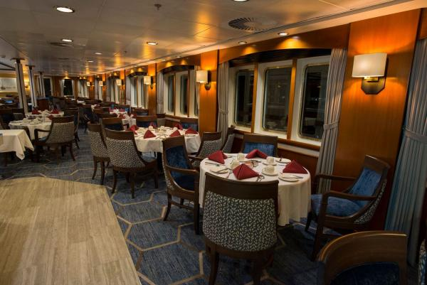 Dining Room, Ocean Adventurer