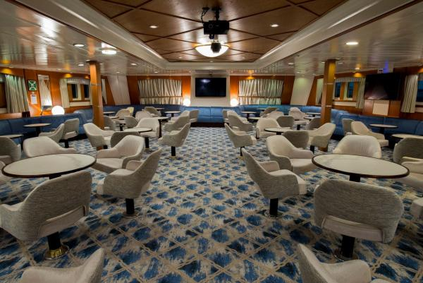 Main Lounge, Ocean Adventurer