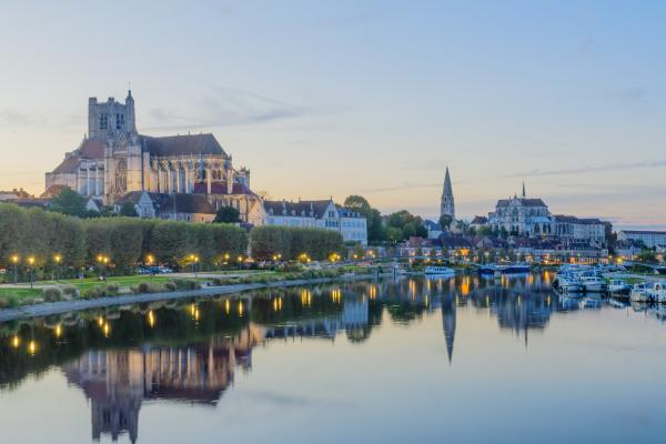 Sunset view of Yonne River in Burgundy
