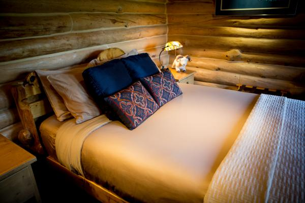 Log Cabin Luxury. Credit Arturo Polo Ena.