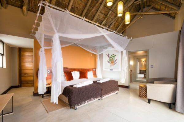Spacious rooms offer a comfortable stay at Safarihoek Lodge