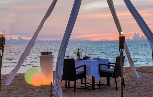 Aleenta Phuket Resort & Spa, Private Dining