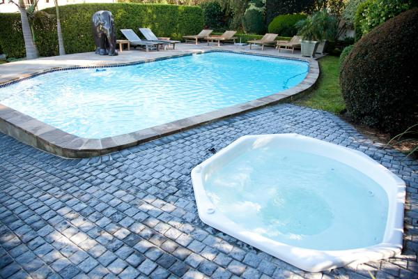 Avondrood Guest House, Pool & Jacuzzi