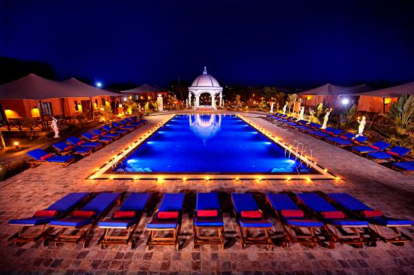 Bagan Lodge at night