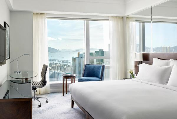 Cordis Hong Kong at Langham Place, Superior Room