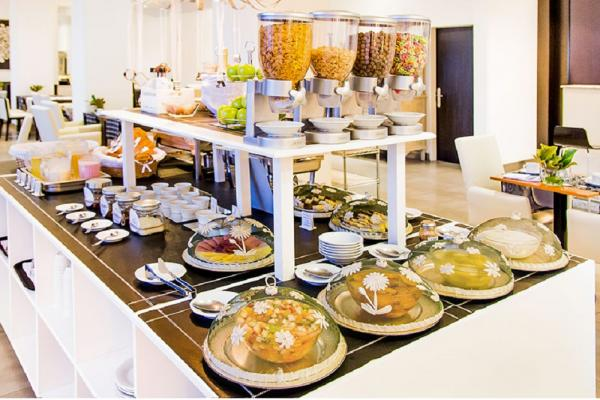 Delicious Buffet Breakfast at the Hotel Tolosa