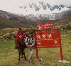 Riding a donkey at Taullipampa