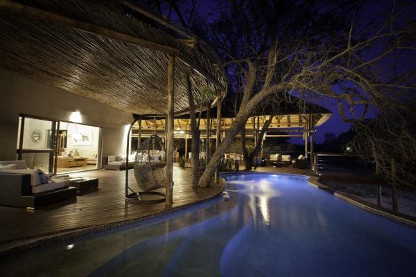Evening by the pool at Moditlo Lodge