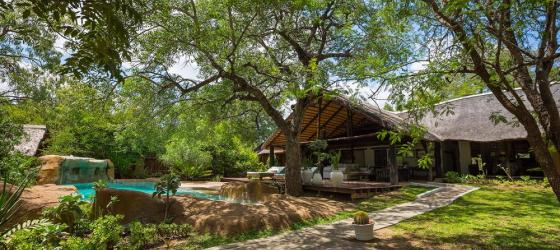 Chapungu's common areas blend with the natural surroundings