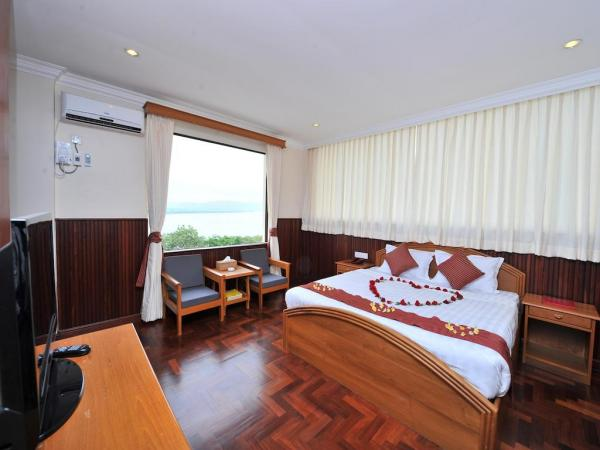 Ayarwaddy River View Hotel