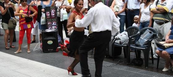 Tango performances in the strees of Buenos Aires