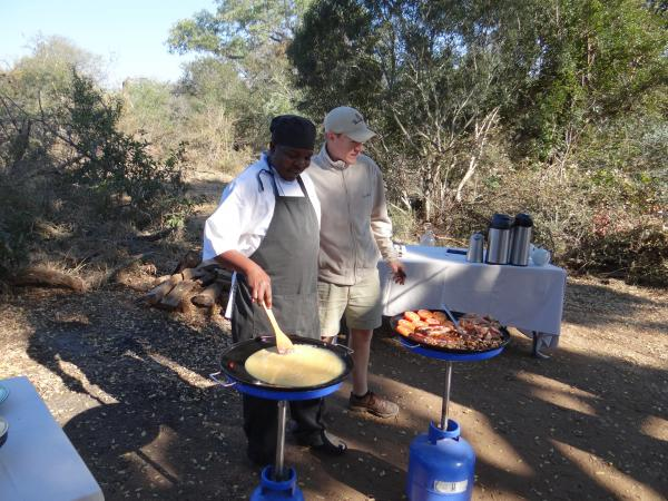 Breakfast in the bush at Thornybush Reserve