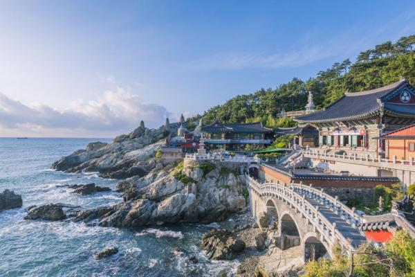 Seaside Buddhist temple in Busan