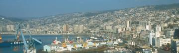 Visit the Valparaiso Port during tour in Chile