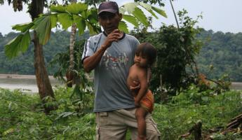 Mr. Silverio and his daughter show us their garden