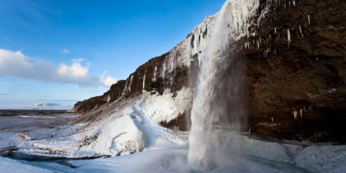 Seljalandsfoss in Winter