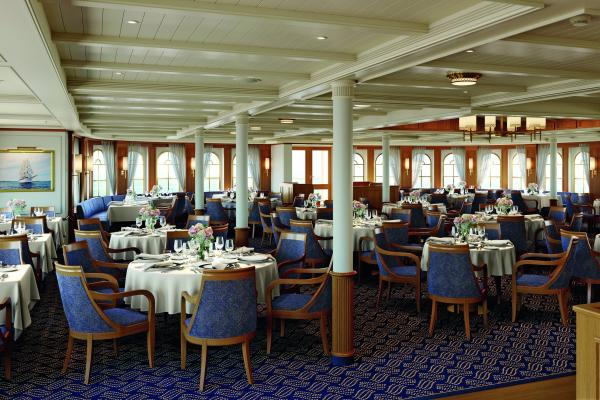 Sea Cloud Spirit Dining Area