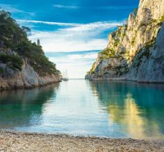 Relax on the beaches of the French Riviera
