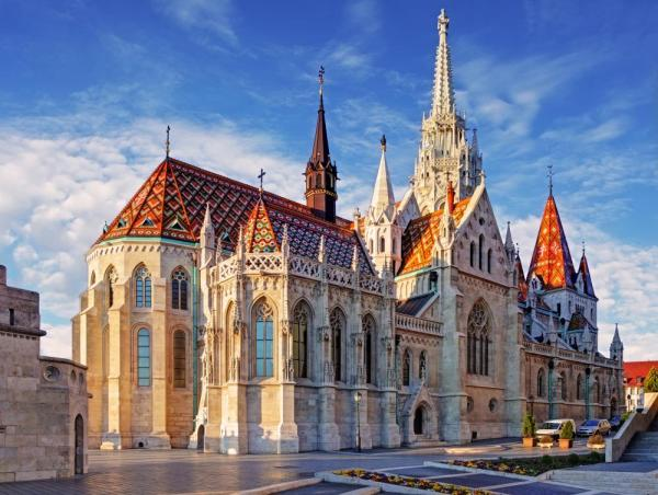 Discover the gorgeous architecture of Budapest