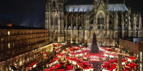 Enjoy a cozy Christmas market in Cologne